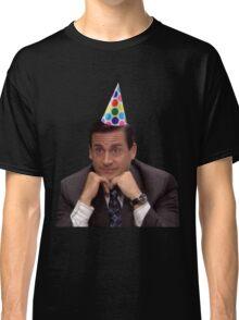 michael scott wearing party hat Classic T-Shirt