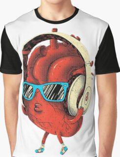 Cool Heart Design Graphic T-Shirt