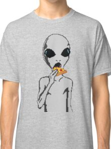 Alien eat pizza Classic T-Shirt