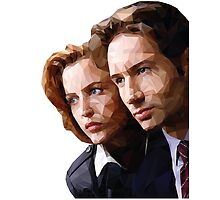 Low Poly X-Files Mulder and Scully by Amanda Mann