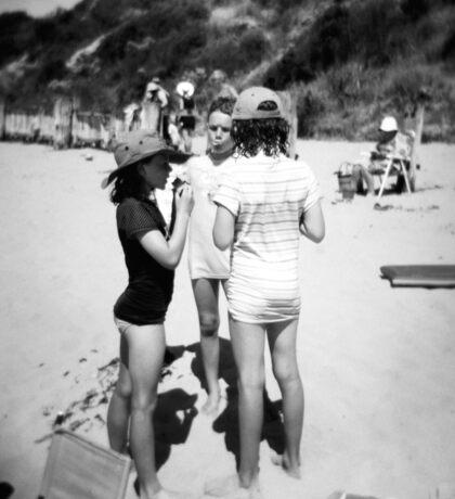 Beach babes Sticker