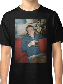marshall eriksen drinking beer Classic T-Shirt