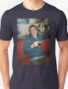marshall eriksen drinking beer Unisex T-Shirt
