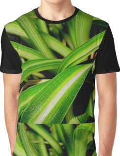 Close up jungle Graphic T-Shirt