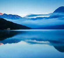 Morning at Lake Bohinj in Slovenia by Ian Middleton