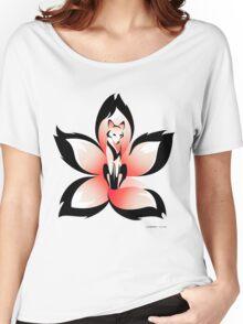 Hana (Flower) Kitsune Women's Relaxed Fit T-Shirt