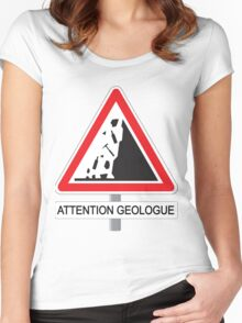 Attention Géologue Women's Fitted Scoop T-Shirt