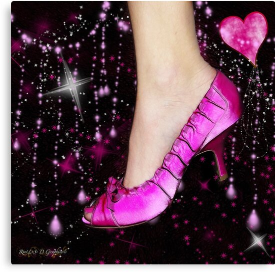 I Love My Pink Shoes!! (Views: 16062 - Features: 22) by Rhonda Strickland