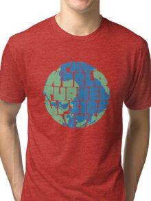 Hamilton - the world turned upside down - green & blue Tri-blend T-Shirt