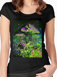 Psychedelic Mushroom Love Women's Fitted Scoop T-Shirt