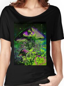 Psychedelic Mushroom Love Women's Relaxed Fit T-Shirt