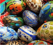 Happy Easter by Alexandra Lavizzari