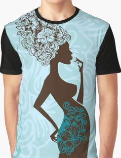 Beautiful pregnant woman #2 Graphic T-Shirt