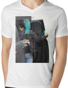 Kylie Jenner  Mens V-Neck T-Shirt
