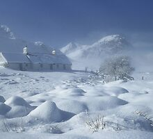 Blackrock Cottage, Glen Coe, Highland Scotland. by PhotosEcosse
