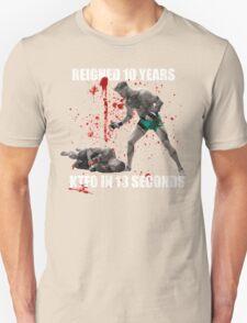 Conor McGregor 13 Second Knock Out of Jose Aldo (blood splatter) T-Shirt