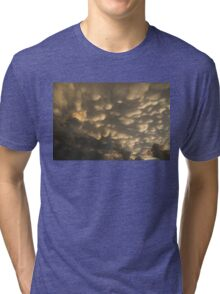 Phenomenal Sky - Incredible Mammatus Clouds At Sunset Tri-blend T-Shirt