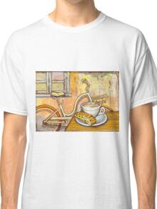 Cream Electra Town bicycle with cappuccino and biscotti Classic T-Shirt