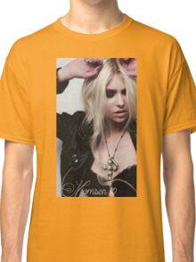 Taylor Momsen in black Classic T-Shirt