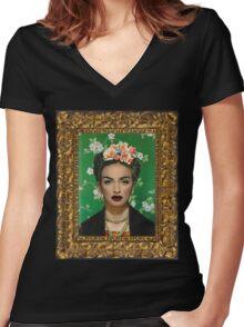 Graffiti Heart Women's Fitted V-Neck T-Shirt
