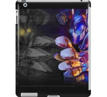 Facing Your Demons - TF AOE Optimus Abstract iPad Case/Skin