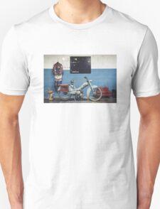 Mobylette Bleue T-Shirt