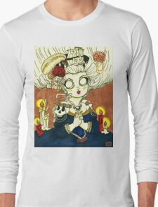 """The Queen Likes Skulls"" Long Sleeve T-Shirt"