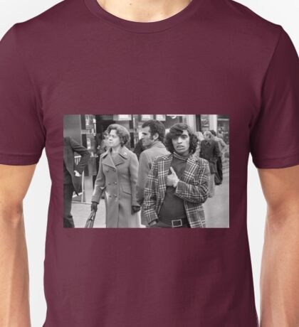Collector, On the Way to M.Cartier Bresson Paris 1975 13 (n&b)(t) by Olao-Olavia par Okaio Création Unisex T-Shirt