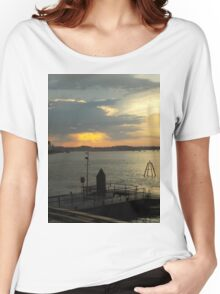 HABOUR SUNSET Women's Relaxed Fit T-Shirt