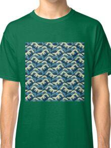 Wavy Sea Classic T-Shirt