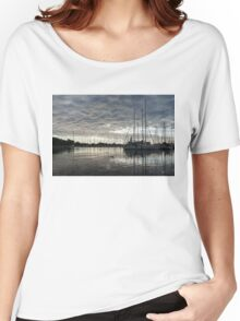 Soft Sky with Two Birds Women's Relaxed Fit T-Shirt
