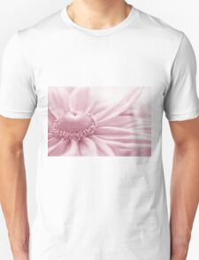 Gloriosa Daisy In Pink  T-Shirt