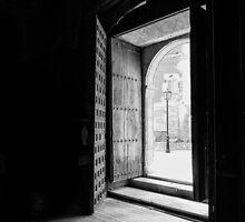 La Puerta Esta Abrir by Vince Russell