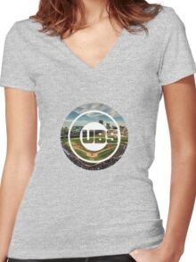 Chicago Cubs Stadium Logo Women's Fitted V-Neck T-Shirt