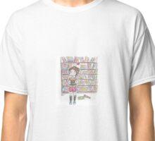 She Loves a Good Book Classic T-Shirt