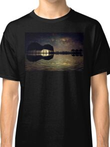 guitar island moonlight Classic T-Shirt