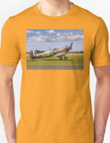 Spitfire Ia X4650/KL-A G-CGUK taxies out T-Shirt