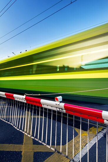 Fast train by Alessio Michelini