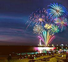 NYE Fireworks 2015 | Brighton Beach by AshWphotography