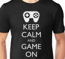 KEEP CALM AND GAME ON - Game pad Unisex T-Shirt