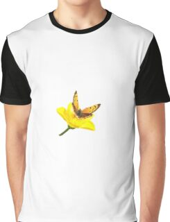 Butterfly Rests on Buttercup – Design Ver. Graphic T-Shirt