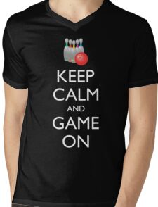 KEEP CALM AND GAME ON - bowling  Mens V-Neck T-Shirt