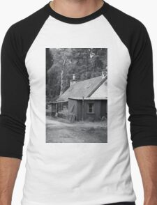 Tin house in the woods Men's Baseball ¾ T-Shirt