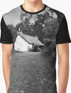 The cottage down the lane Graphic T-Shirt