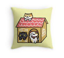 Neko atsume - cardboard house Throw Pillow