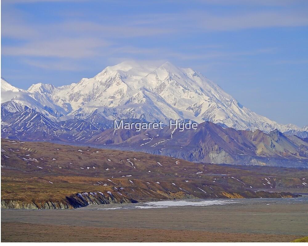 Across Denali National Park to Mt McKinley, Alaska, USA by Margaret  Hyde