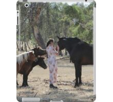 "Zoe Eve ""Unique Friends"" iPad Case/Skin"