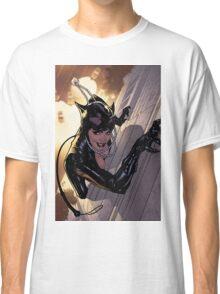 catwoman climbing Classic T-Shirt