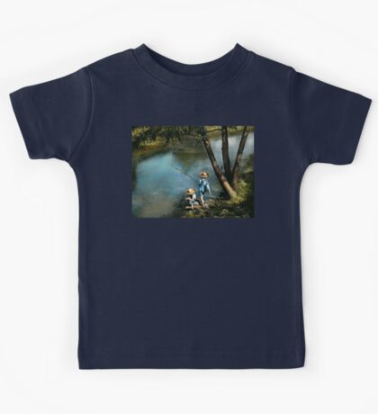 Fishing - Gone Fishin' - 1940 Kids Tee