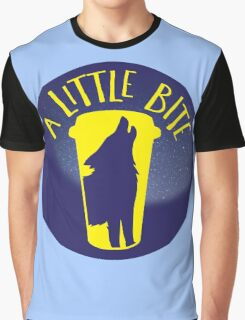 A little bite (3) with werewolf on a circle Graphic T-Shirt